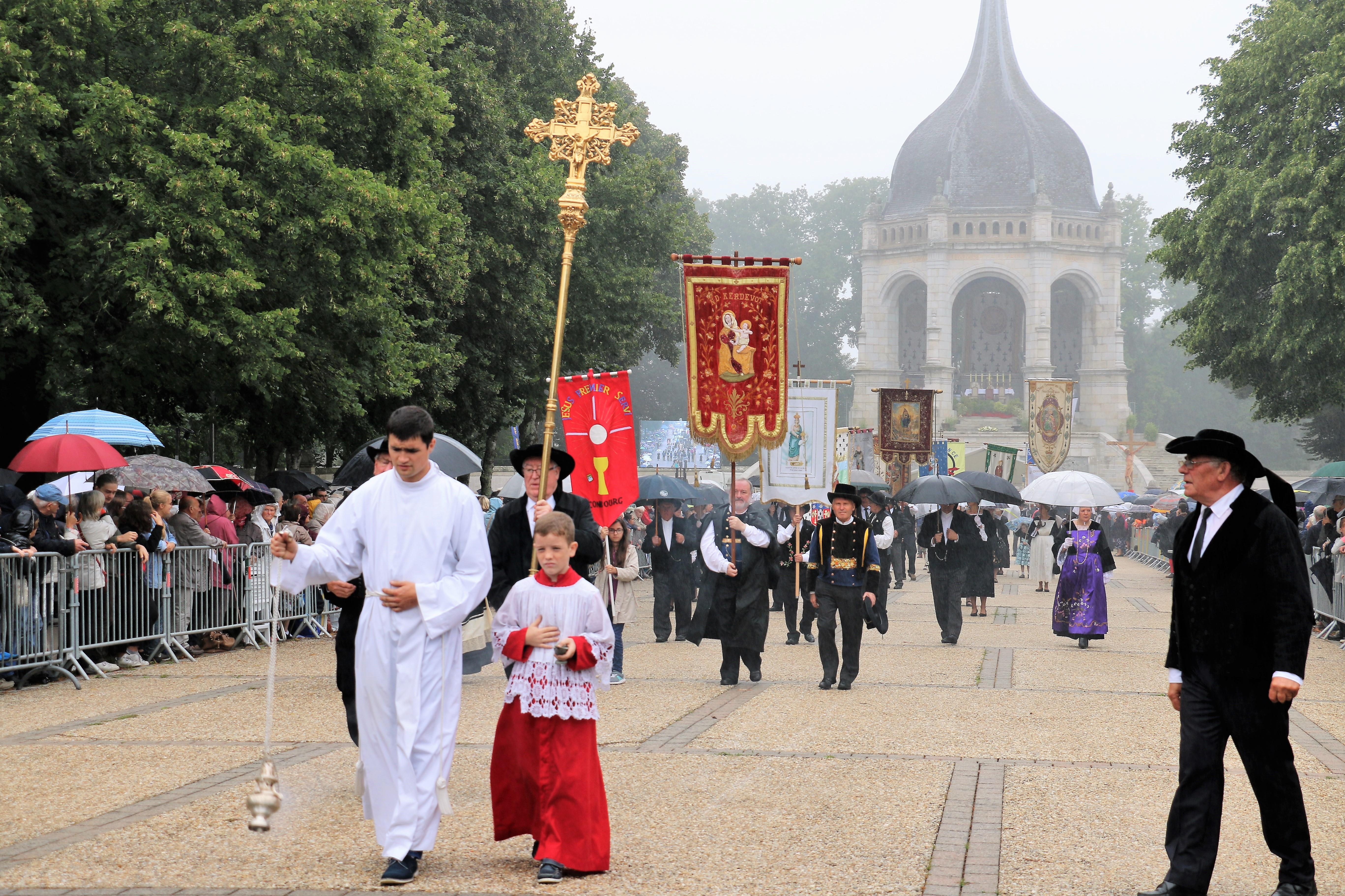 Pardon-St-Anne-2017-procession-73