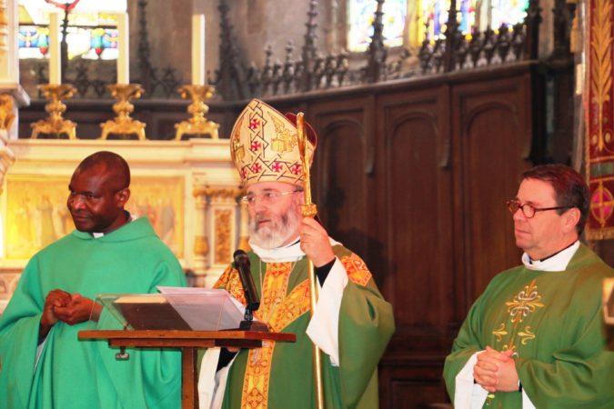 Mauron-Visite pastorale-Mgr-messe