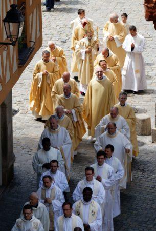 Ordi 23 juin19 - Procession entree 1 ©Y.Lefranc