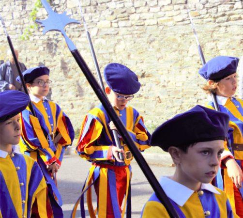 Gardes-suisses-debut-procession2-Roncier-2019