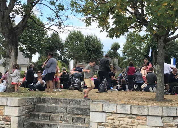 Pique-nique-des-familles-Roncier-2019