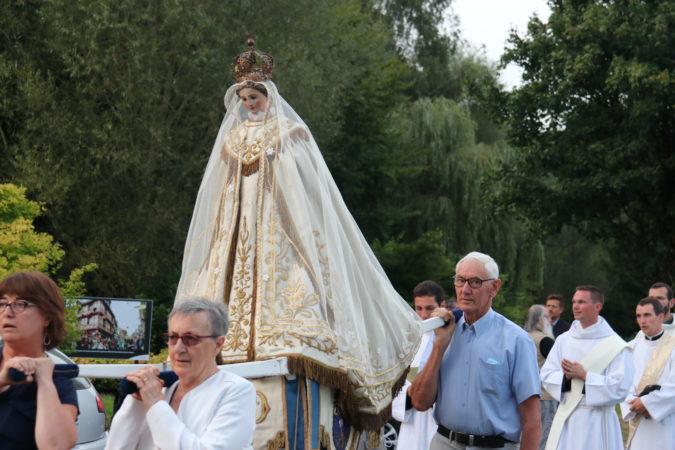 ND-Roncier-2021-procession-soir-6