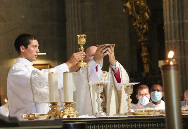 Ordinations-diaconales-5-sept-2021-messe