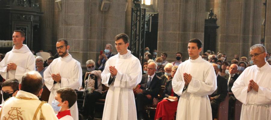 Ordinations-diaconales-5-sept-2021-ordinands-2