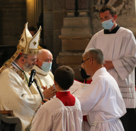 Ordinations-diaconales-5-sept-2021Mgr-et-M.Hervy_