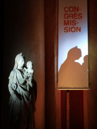 Congres-mission-Statue-Vierge-©M.Van-Steenkiste