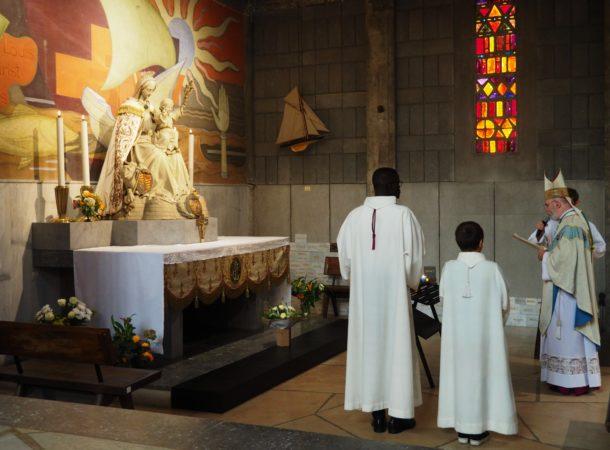 ND-Victoire-sanctuaire-marial-Mgr-Centene-2